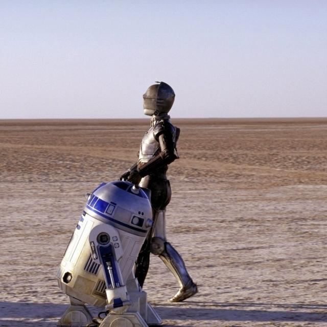 r2-c3po-tatooine-9411